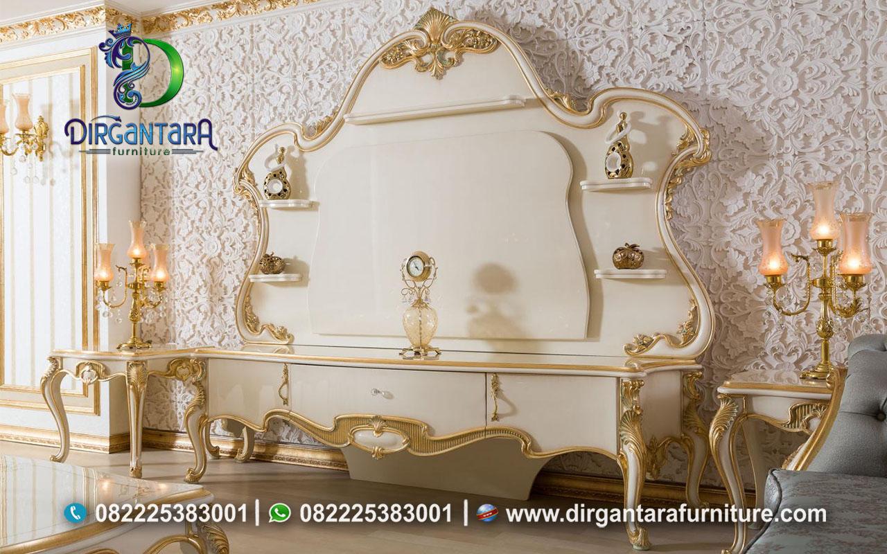 Backdrop TV Klasik Ukir Cantik Cream Gold BTV-02, Dirgantara Furniture